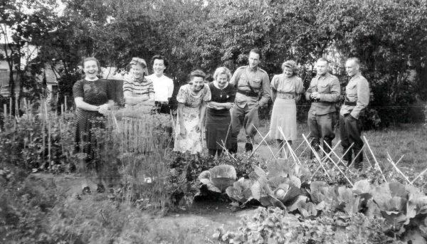 Suojeluskunta- ja lottamuseolla esitellään kotirintaman arkea sotien aikaan eläneiden naisten ja lasten näkökulmasta.